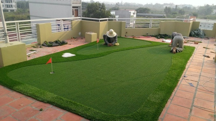 Những lưu ý trong quá trình bảo dưỡng cỏ nhân tạo quận 7