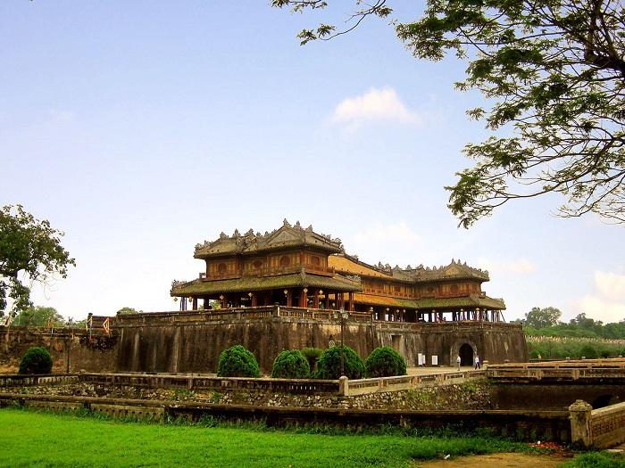 Hoa Thịnh Phát - điểm bán cỏ nhân tạo uy tín và chất lượng nhất tại Tiền Giang
