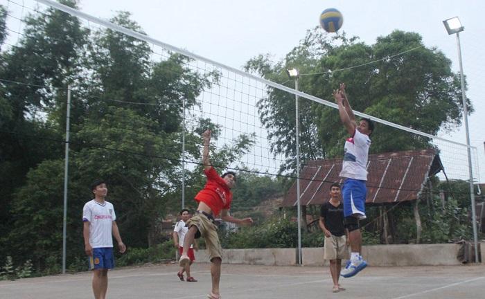 Lưới chắn trong môn bóng chuyền
