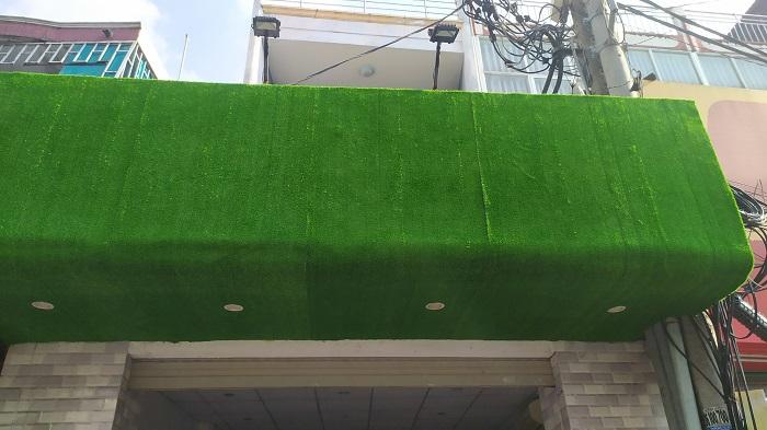 Công trình cỏ nhựa Hoa Thịnh Phát thi công