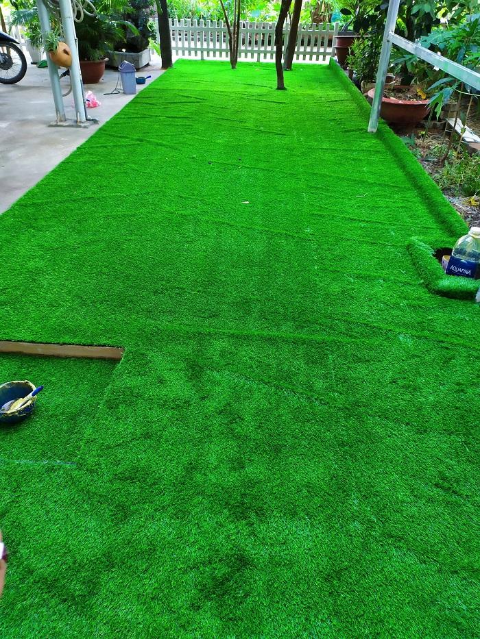 Sân cỏ do Hoa Thịnh Phát thi công được khách hàng đánh giá đẹp