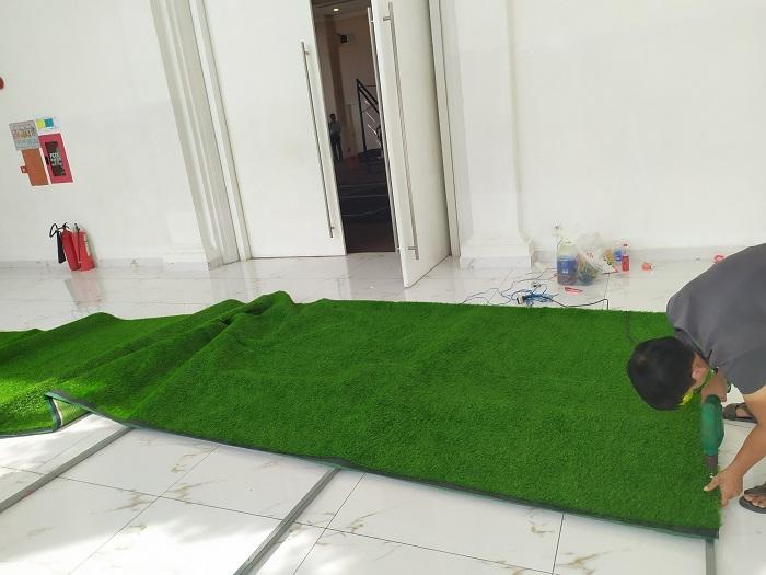 Thi công cỏ nhựa cho chung cư anh Tín ở Thủ Đức